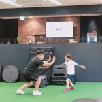 【5歳でジムトレ】子供の体幹トレーニングは将来の可能性を増やす!?トレーニング動画付き